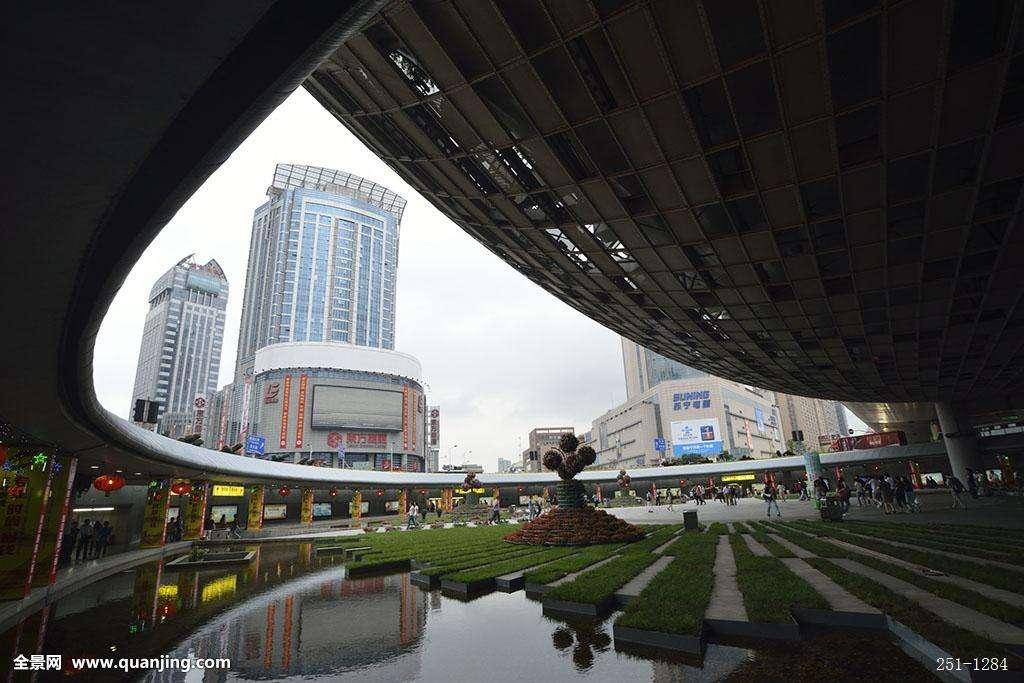 上海五角场下沉广场